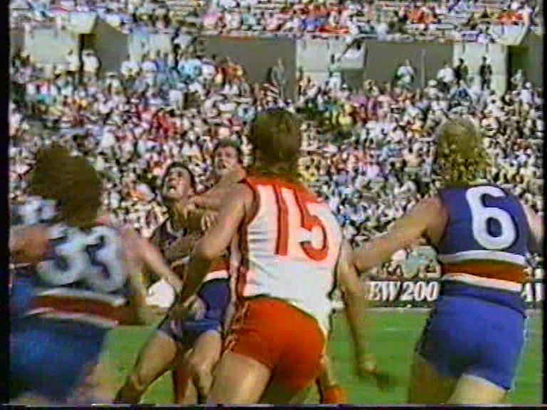 1988-0404-Round-0122-Footscray-v-Sydney-HSV-7-2nd-qtr-@-14.20.png