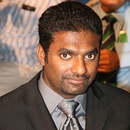 260px-Photograph_of_Muttiah_Muralitharan.jpg