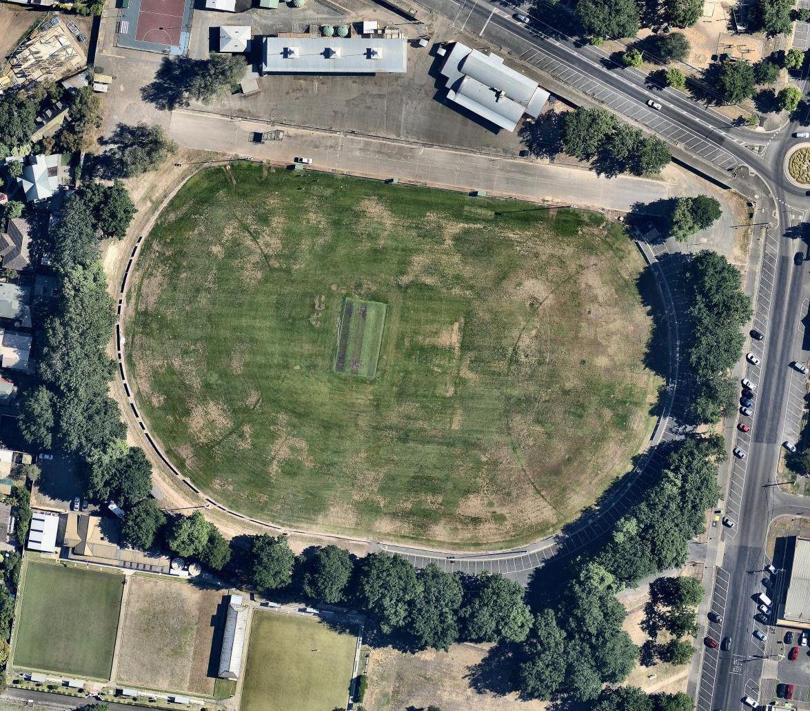 Ballarat-City-Oval-original-stage-1.jpg