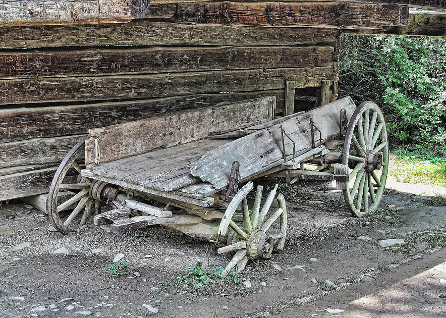 broken-wagon-victor-montgomery.jpg