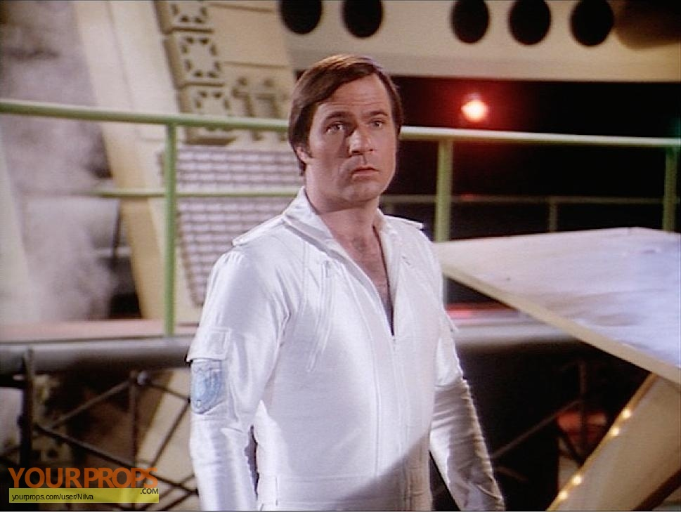 Buck-Rogers-in-the-25th-Century-Gil-Gerard-Hero-Jumpsuit-2.jpg
