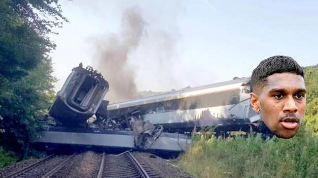 K Train derailed.jpg