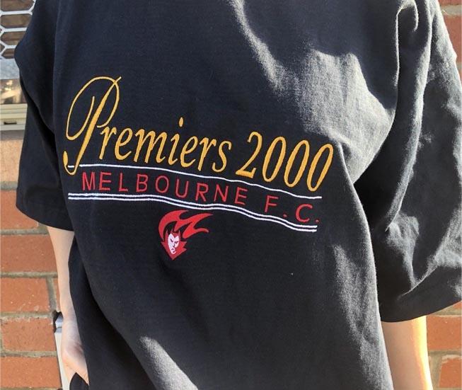 melb 2000 premiers.jpg