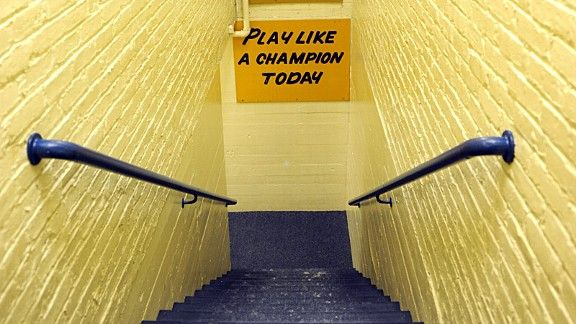 Notre Dame tunnel banner.jpg