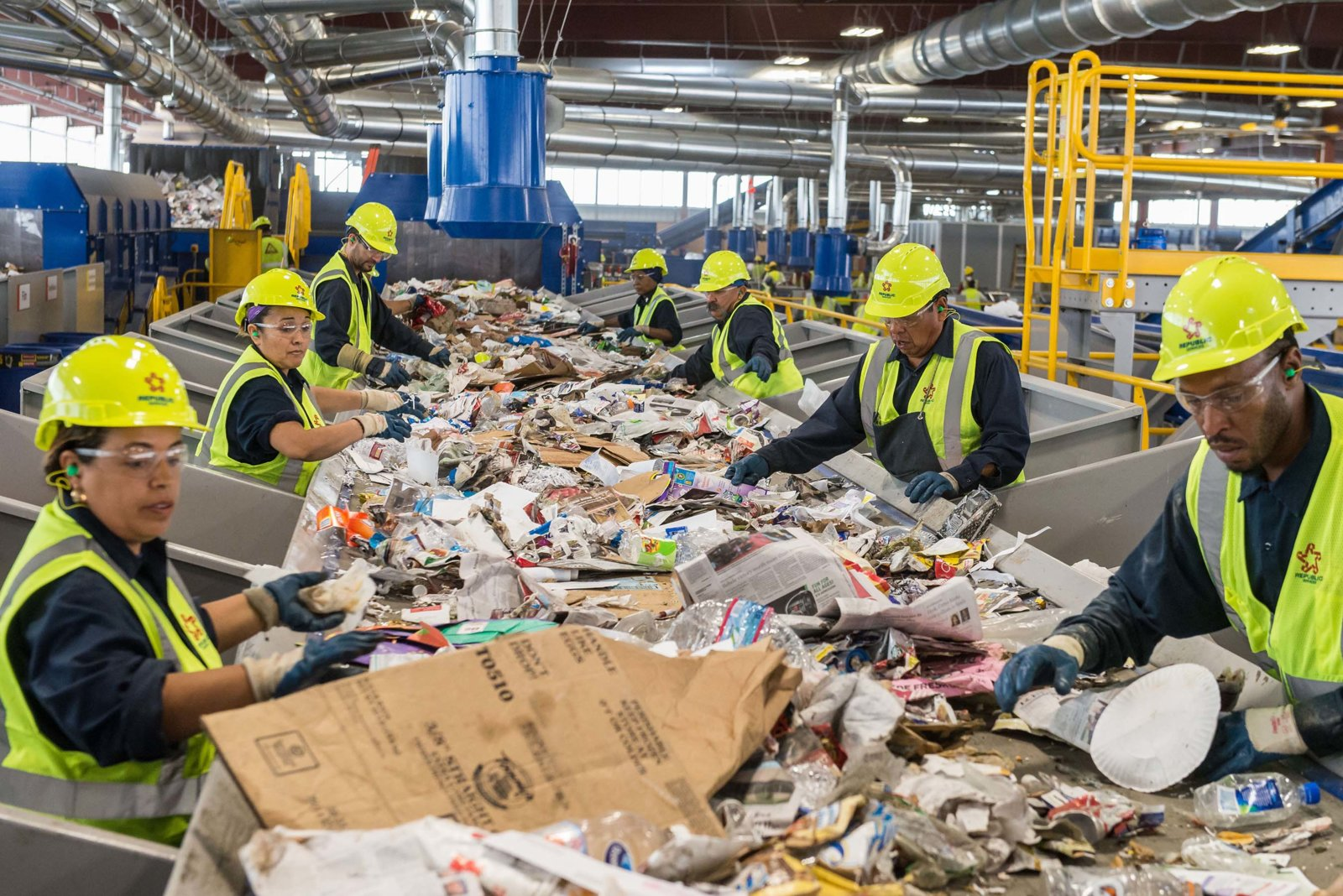 republic-services-recycling-center-9-HR.jpg