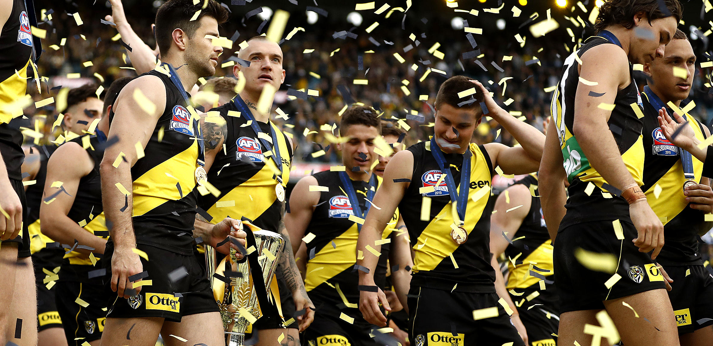 richmond-with-2019-premiership-cup.jpg