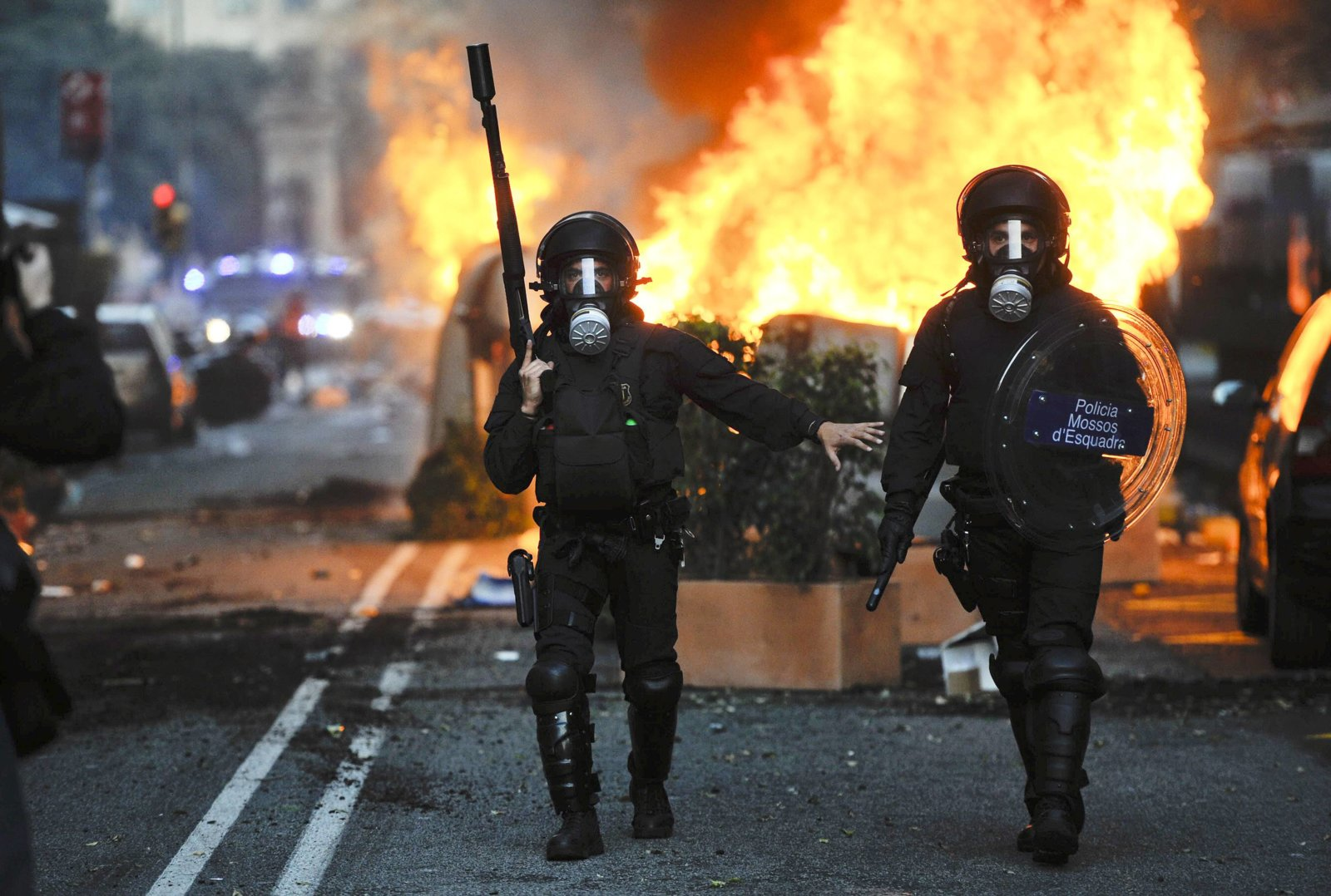 riot pics.jpg